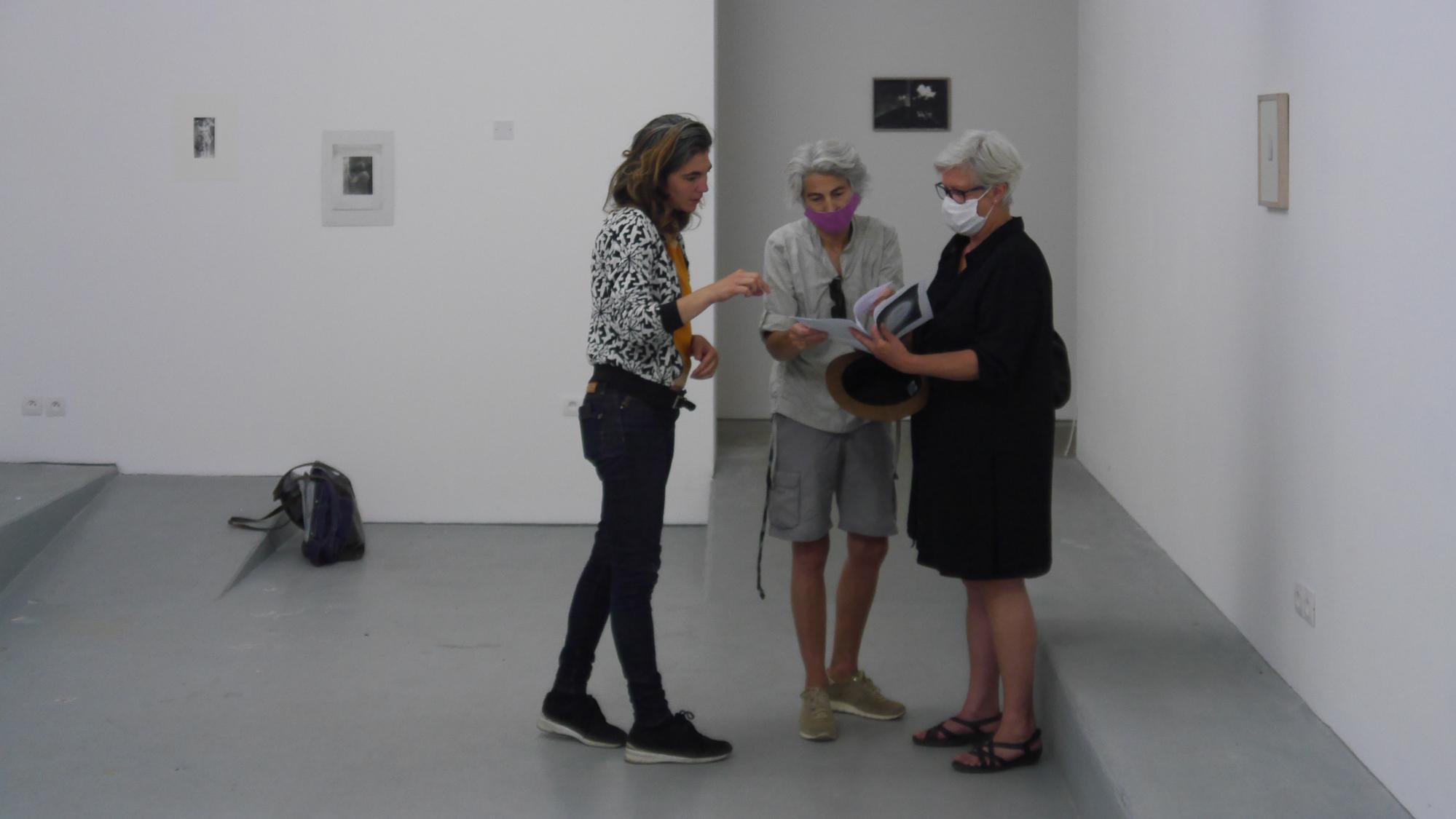 Chrystele Lerisse artiste, Cora Waschke commissaire d'expositions, Tania Desmet artiste à Treignac Projet 4